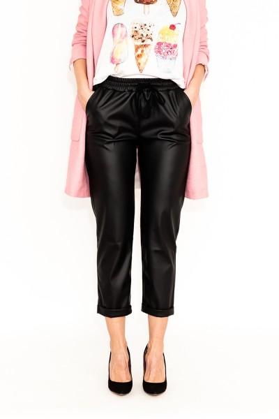 Pantaloni vatuiti din piele ecologica cu snur reglabil in talie si buzunare laterale