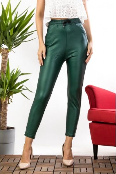 Pantaloni dama verde imitatie piele cu talie inalta si banda elastica cu snur model vatuit